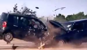 5th gear crash