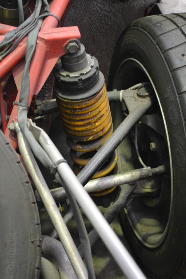 037 Double wishbone rear end